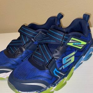 Blue and green kids sketchers size 5y